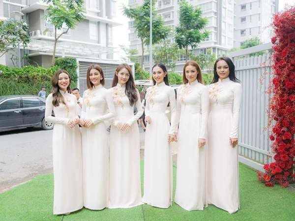 Có nên chọn áo dài bưng quả màu trắng không